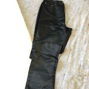 Gap black satin skinny pants sz. 10